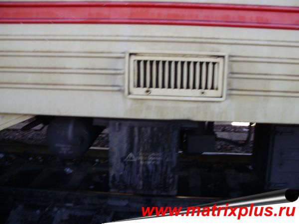 """Универсальное концентрированное моющее средство """"Фаворит-К"""" для наружной обмывки пассажирских вагонов с антикором, купить средство для наружной обмывки пассажирских вагонов с антикором, как правельно отмыть с наружи пассажирский железнодорожный вагон и вагон метрополитена, купить моющее средство для наружки, отмыть вагон от загрязнений, как правельно отмыть вагон, технология обмывки пассажиских железнодорожных вагонов, акты испытаний моющих средств для наружной обмывки вагонов, сравнение и обзор моющих средств для наружки"""