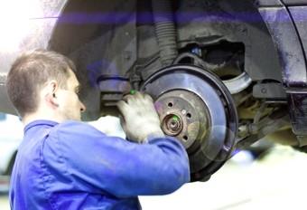 Ремонт автомобилей Нива, купить запчасти на Ниву Шевроле, дешевые запчати от производителя, разборка автомобилей