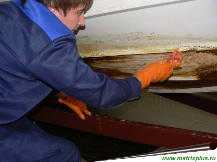 Средства для мойки нижней части катеров и яхт
