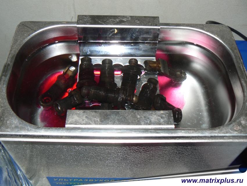 Эффективные качественные концентраты для струйно очистки деталей машин, двигателей ДВС, и других агрегатов узлов механизмов от масел, мазута, консервирующей смазки, промывка подшипников, мойка и очистка карбюраторов, жиклеров